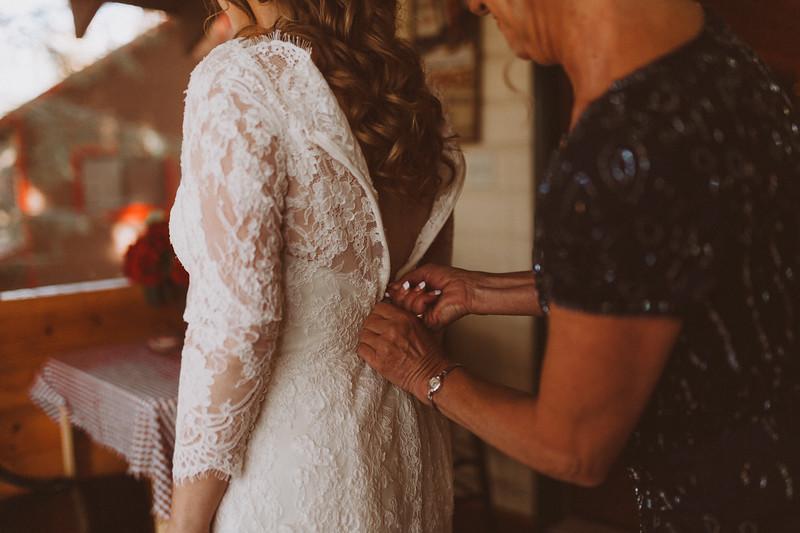 Emily + Rob Wedding 0004.jpg