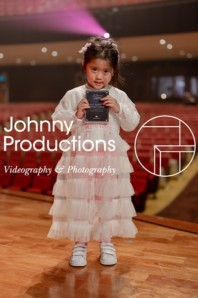 0004_day 1_award_red show 2019_johnnyproductions.jpg