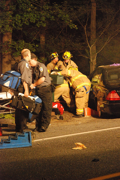 5-22-2009 (Gloucester County) DEPTFORD - 3015 County House Road I/A/O Blackwood-Barnsboro - Motor Vehicle Crash w/ Entrapment