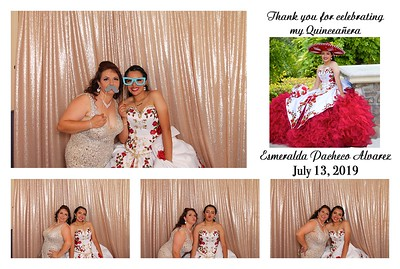 Esmeralda's Quince Photo Booth