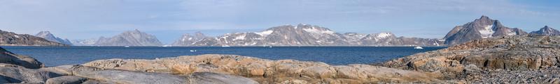 Greenland Mainland from Ikaasatsivaq i6.jpg