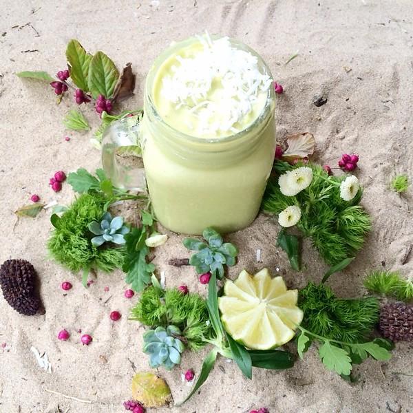 Mango_Basil_Smoothie___Mango__14_flesh___Basil__4_leaves___Almond_milk__1_cup__Coconut_milk__12_cup___lime__juice_from_14__Avocado__12_flesh__by_tash_jordan_nutritionist.jpg