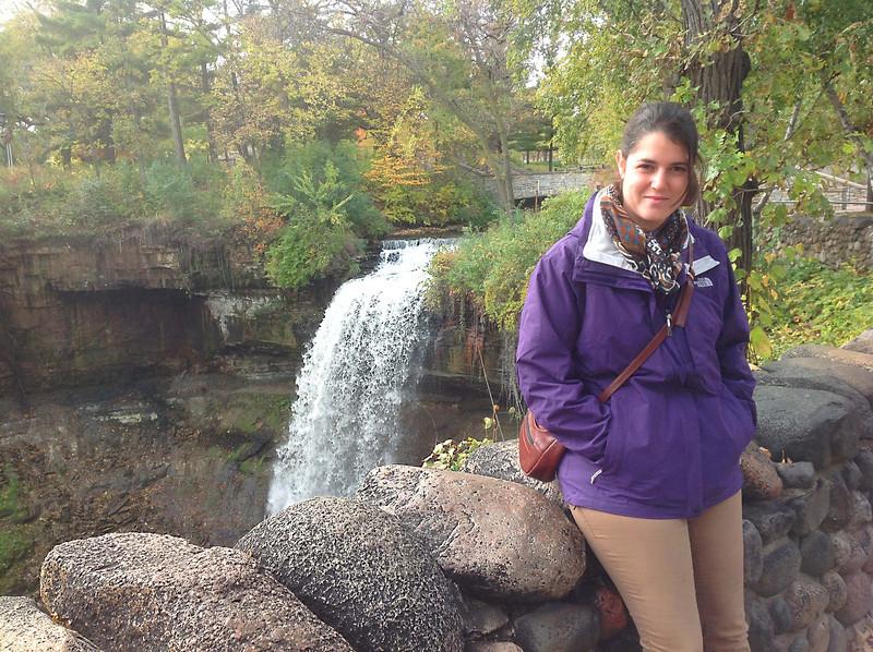 Minnehaha Falls, Ella