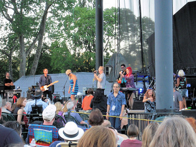 B-52's & Blondie Concert @ the Ste Michelle Winery - August 2010