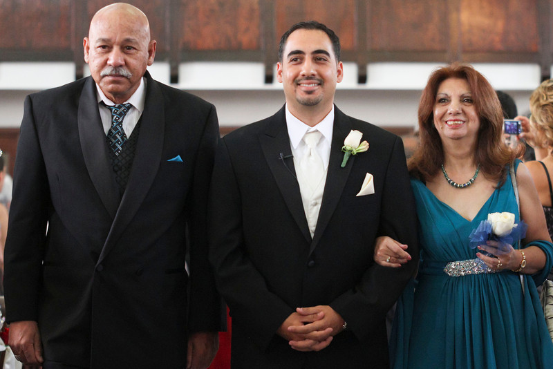 dmartinez-20111001-reyeswedding-0049.jpg