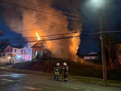 2 Alarm Dwelling Fire - 577 E. Main St, Meriden, CT -  11/14/20
