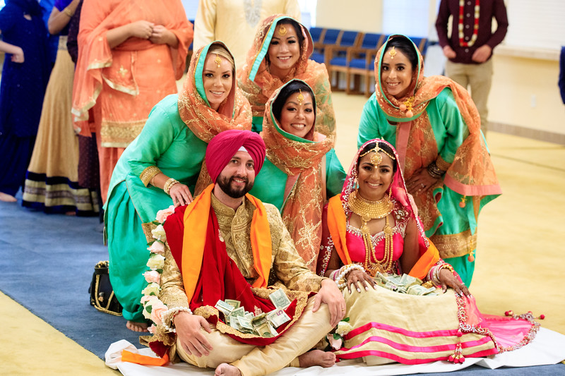 Neelam_and_Matt_Gurdwara_Wedding-1527.jpg
