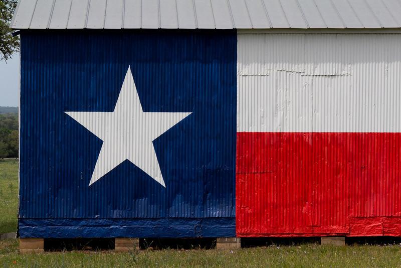 zZBluebonnet run 4-11-2014 072 SMALL, Texas flag shed.jpg