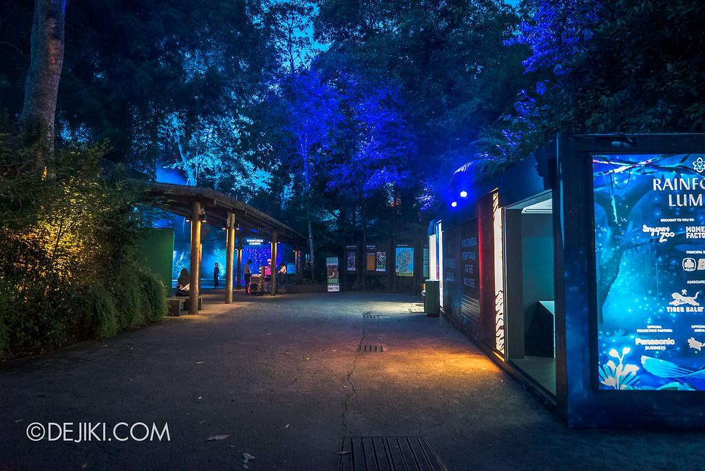 Singapore Zoo Rainforest Lumina - inside the zoo