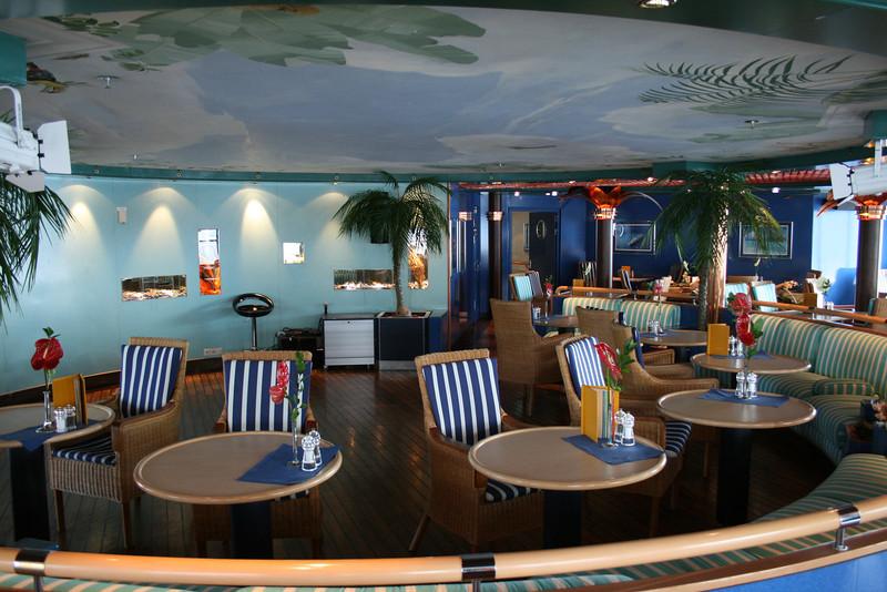 2011 - On board M/S C.COLUMBUS : Palmgarten, Sun deck.
