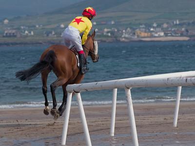 Beal Ban Horse Races 2014 in Ballyferriter