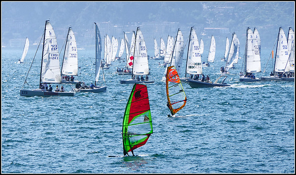 Brenzone Kite Surf and sailboats