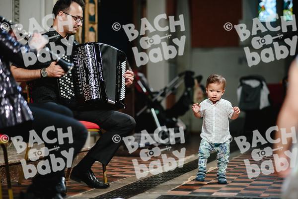 © Bach to Baby 2018_Alejandro Tamagno_Kensington_2018-06-27 007.jpg