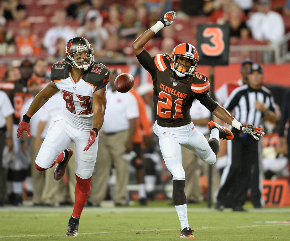. Cleveland Browns cornerback Justin Gilbert (21) knocks a pass away from Tampa Bay Buccaneers wide receiver Vincent Jackson (83) during the first quarter of an NFL football game Friday, Aug. 26, 2016, in Tampa, Fla. (AP Photo/Jason Behnken)