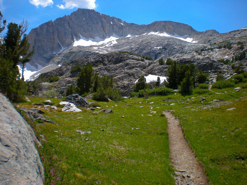 Trail leading to the Steelhead Lake. North Peak in the background.