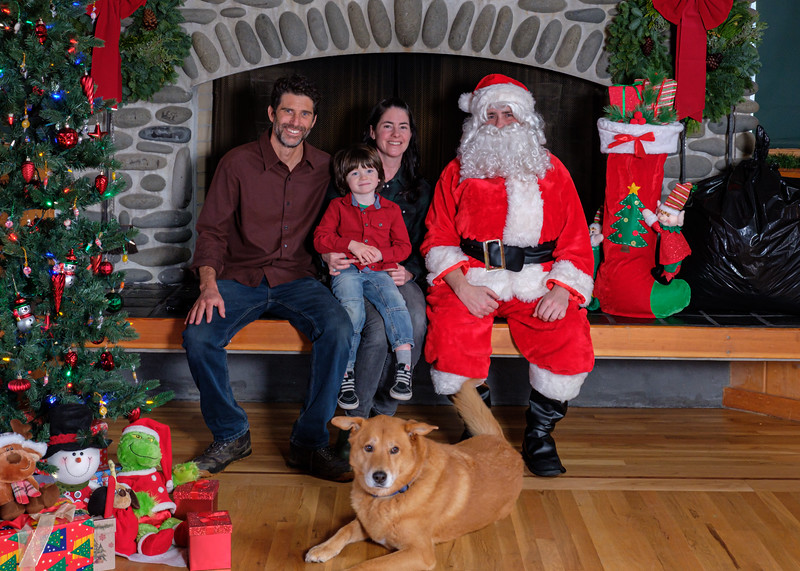 CB Santa 2019-7761.jpg