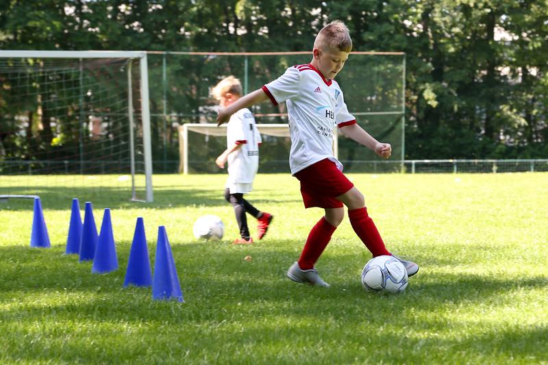 hsv_fussballschule-197_48047992353_o.jpg