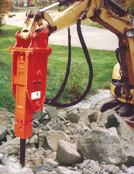 NPK GH2 hydraulic hammer on Cat mini excavator (23).jpg