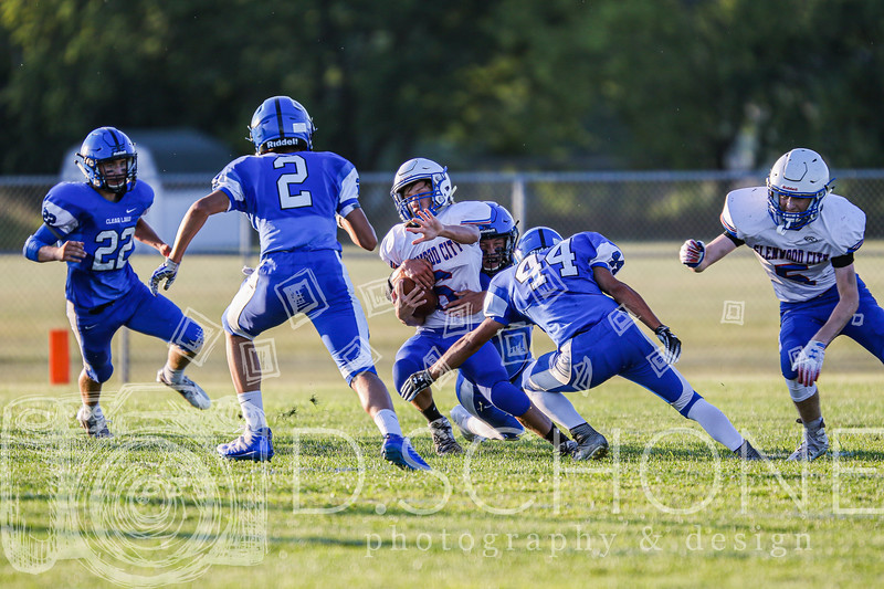 GC Football vs Clear Lake -18.jpg