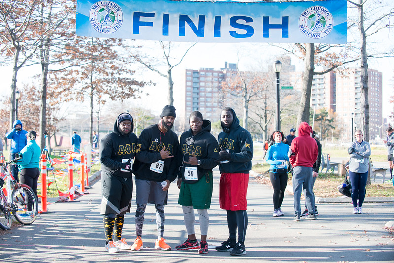 20161204_1 & 4 Mile Race_053.jpg