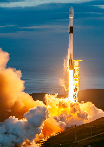 Falcon 9 launches Iridium-8 (2019-01-11)