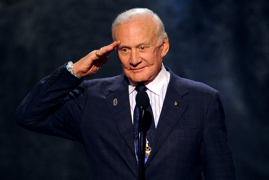 . CULVER CITY, CA - JUNE 08:  Astronaut Buzz Aldrin speaks onstage during Spike TV\'s Guys Choice 2013 at Sony Pictures Studios on June 8, 2013 in Culver City, California.  (Photo by Kevin Winter/Getty Images for Spike TV)