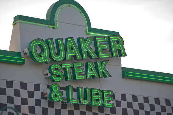 Quaker Steak & Lube - MOV