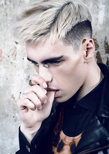 MakeUp-Artist-Hair-Stylist-Michaelangelo-Mareno-Editorial-Men_s-Creative-Space-Artists-Management-17.jpg