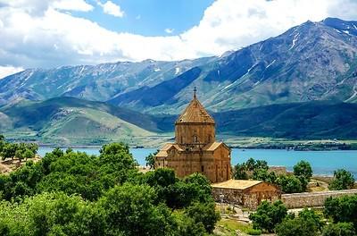 EASTERN TURKEY : The ruins of the  Armenian City of ANI,  KARS, DOGUBAYAZIT- Ishak Pasa Palace, VAN & The Church of the Holy Cross