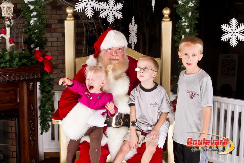 Santa Dec 8-158.jpg