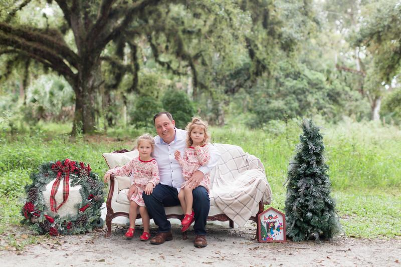 Holiday Minis- Bogie Family-19.jpg
