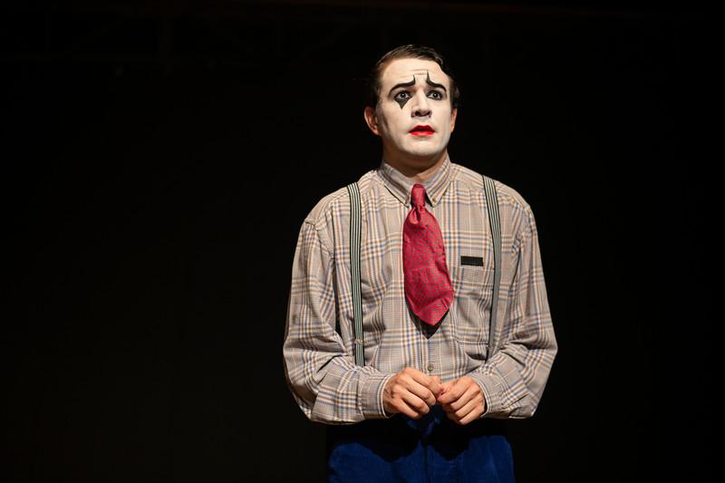 Allan Bravos - essenCIA Teatro - Persona 07-272.jpg