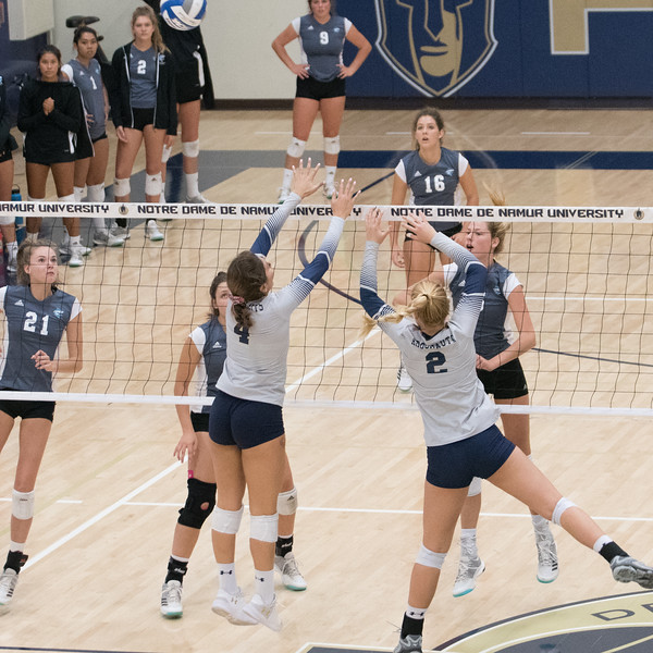 HPU Volleyball-92274.jpg