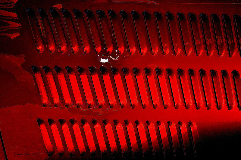 red grill 9-13-2010.jpg