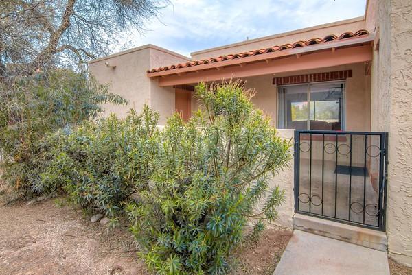 For Sale 5745 N. Camino Esplendora, Tucson, AZ 85718