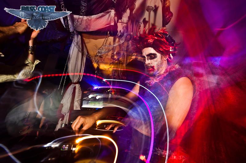basscoast halloween 2012 (97 of 114).jpg