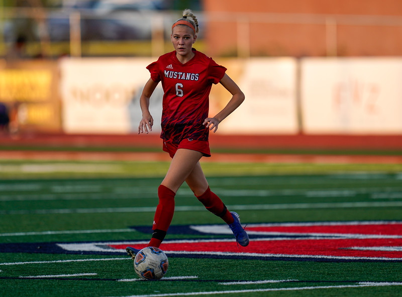 CCHS-vsoccer-pineview0893.jpg