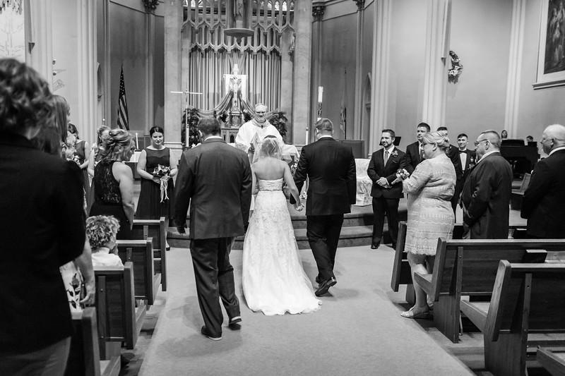 Jennie & EJ Wedding_00241-BW.jpg