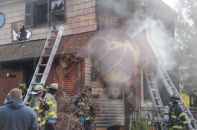 East Meadow F.D. Signal 10  843 Stratford Dr. 4/27/15