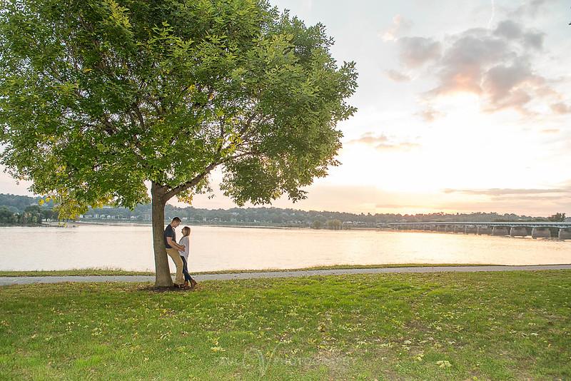 Riverfront harrisburg Engagement 118.jpg