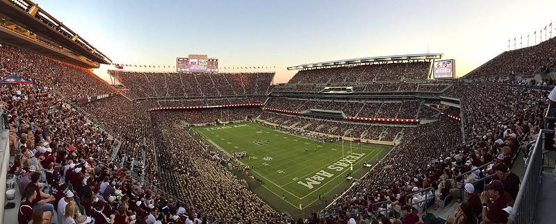 Stadium - Kyle_Field_Panorama.jpg