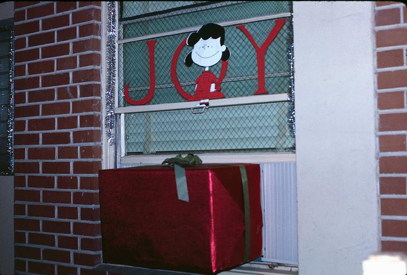 1969 12 Christmas.jpg