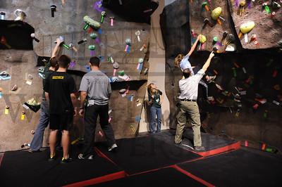 4653 Adventure Summit Teen Bouldering 3-6-10