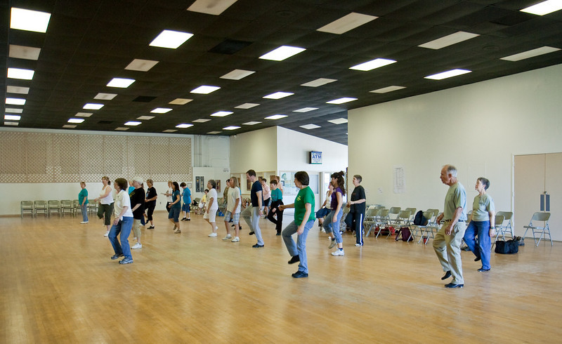 5522 Dancers med.jpg