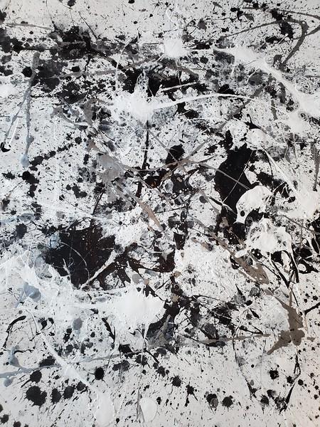 Black and white series - 5 - 56x52.jpg