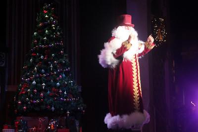 Christmas Celebration: 11-29-10