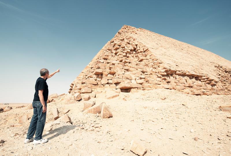 saqqara_unas_tomb_serapeum_dahshur_red_bent_pyramid_20130220_5623.jpg