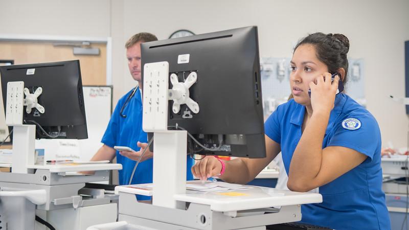 111717_NursingTransitionsSimulation_LW-2904.jpg