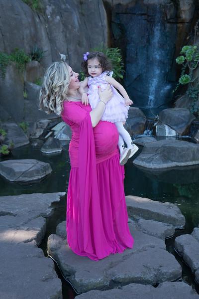 Maternity -08490.jpg