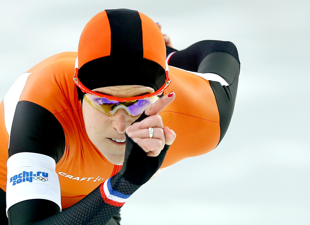 . Ireen Wust of the Netherlands in action during the 1000m Women\'s  Speed Skating event in the Adler Arena at the Sochi 2014 Olympic Games, Sochi, Russia, 13 February 2014.  EPA/VINCENT JANNINK